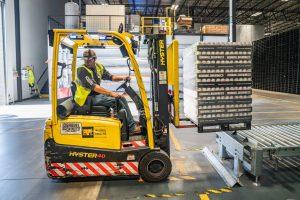 Forklift lifting storage