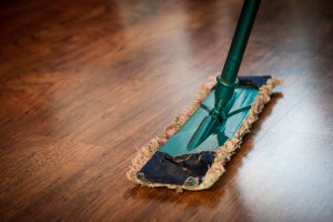 household cleaning tips - cleaning the floor