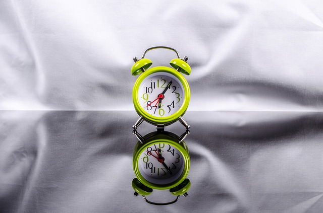 Clock - showing that it's time to start packing your household
